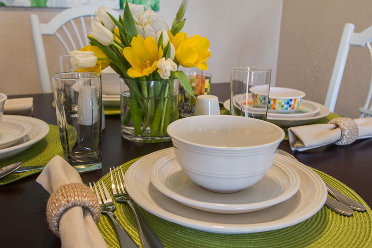 Place Settings From Nathan Grace Real Eastate Warm Up The Kitchen Table